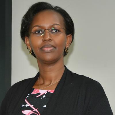 Dr. Solange Hakiba